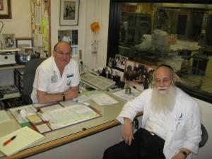 Rabbi Pollack seated to Ephraim's right